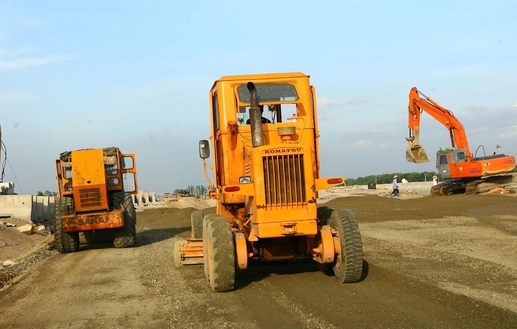 Điểm tin kế hoạch lựa chọn nhà thầu một số gói thầu lớn ngày 30,31/03 và 01/04