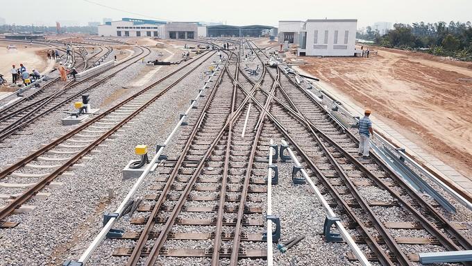 Nhà thầu tăng thêm công nhân cho dự án đường sắt Cát Linh - Hà Đông - ảnh 7
