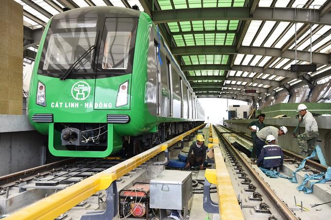 Nhà thầu tăng thêm công nhân cho dự án đường sắt Cát Linh - Hà Đông - ảnh 8