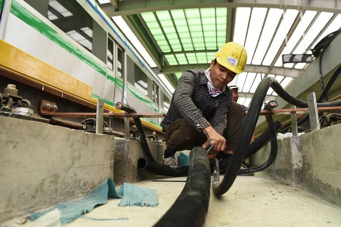 Nhà thầu tăng thêm công nhân cho dự án đường sắt Cát Linh - Hà Đông - ảnh 9