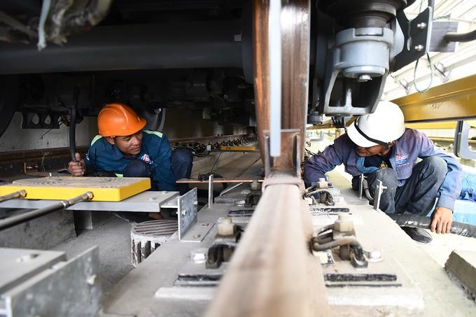 Nhà thầu tăng thêm công nhân cho dự án đường sắt Cát Linh - Hà Đông - ảnh 10
