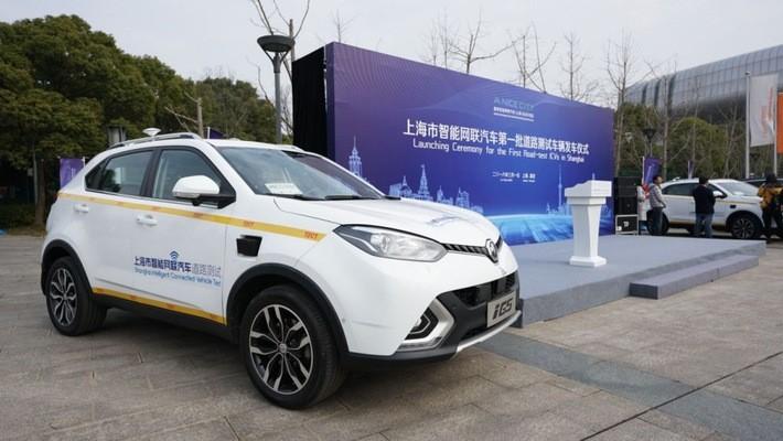 """""""Nối gót"""" đối thủ, Alibaba chuẩn bị thử nghiệm ôtô tự lái"""