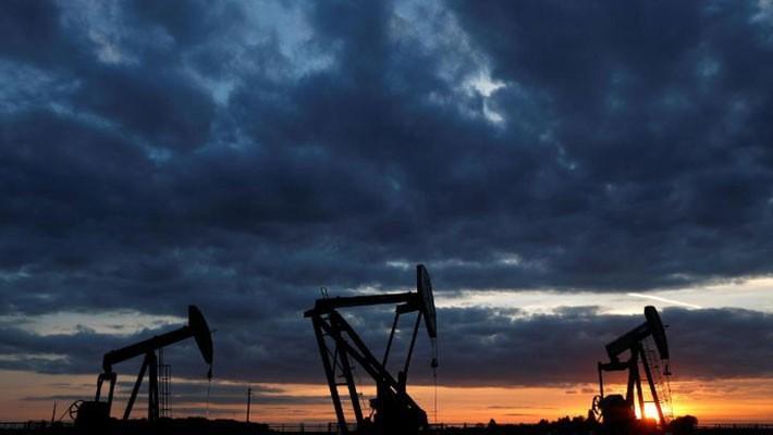 Một mỏ dầu ở Vaudoy-en-Brie, gần Paris, Pháp, ngày 23/4 - Ảnh: Reuters.