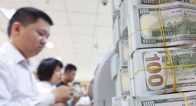 Từ giữa tháng 4 đến nay, tỷ giá trung tâm được điều chỉnh tăng tới 47 đồng/USD