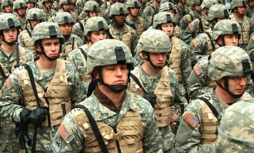 Binh sĩ Mỹ chuẩn bị triển khai tới nước ngoài. Ảnh:US Army.
