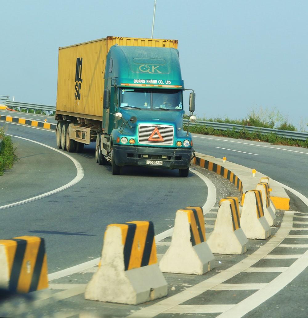 Tập trung kéo giảm chi phí logistics - ảnh 1