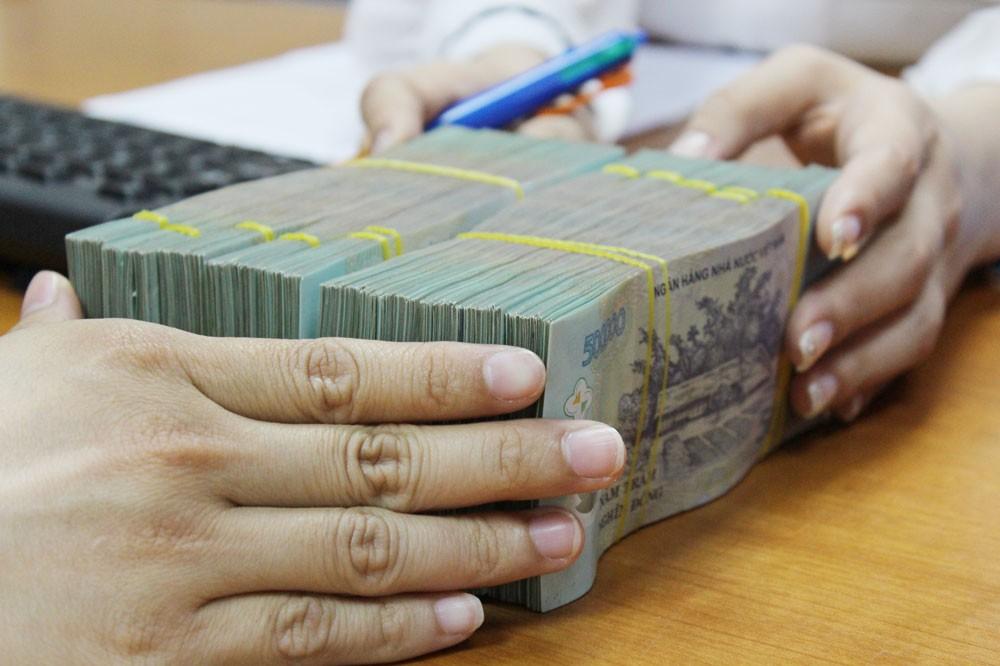 Chính phủ yêu cầu Ngân hàng Nhà nước điều hành thận trọng, linh hoạt chính sách tiền tệ. Ảnh: Tường Lâm