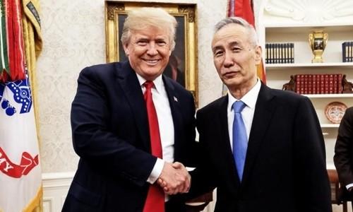 Tổng thống Mỹ Trump gặp Phó thủ tướng Trung Quốc Lưu Hạc tại Washington ngày 17/5. Ảnh:Twitter.