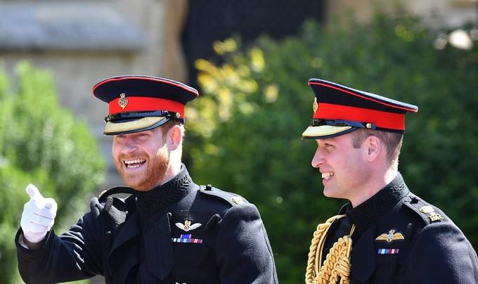 Những khoảnh khắc ấn tượng trong lễ cưới Hoàng tử Anh - ảnh 3