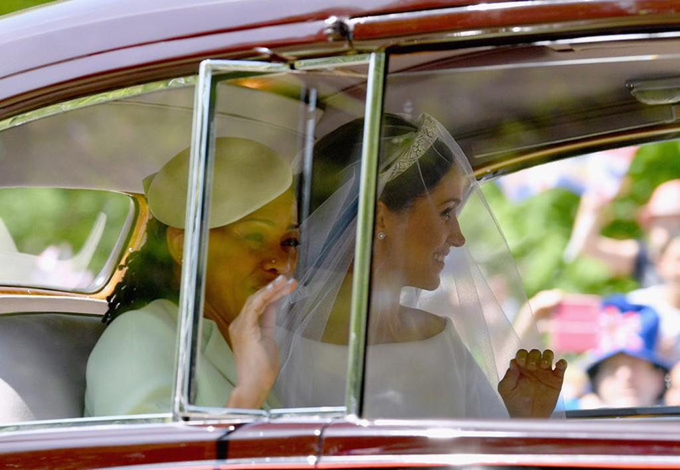 Những khoảnh khắc ấn tượng trong lễ cưới Hoàng tử Anh - ảnh 6