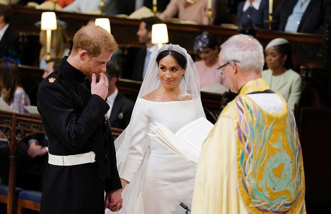 Những khoảnh khắc ấn tượng trong lễ cưới Hoàng tử Anh - ảnh 13