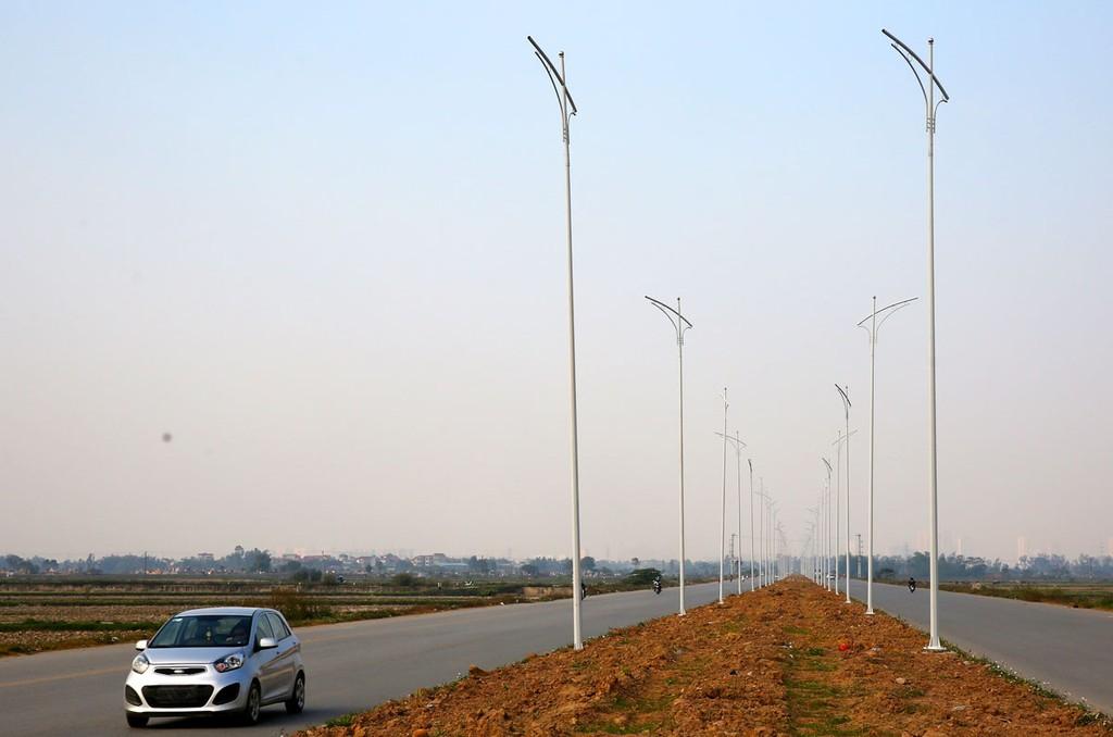 Gói thầu Thi công xây dựng công trình thuộc Dự án Cải tạo hệ thống chiếu sáng đường 16 tháng 4, thành phố Phan Rang - Tháp Chàm chỉ dành cho nhà thầu là doanh nghiệp cấp nhỏ và siêu nhỏ. Ảnh: Hoài Tâm