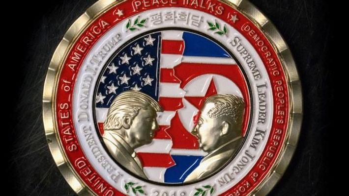 Đồng xu lưu niệm thượng đỉnh Mỹ-Triều do Mỹ phát hành - Ảnh: BBC.