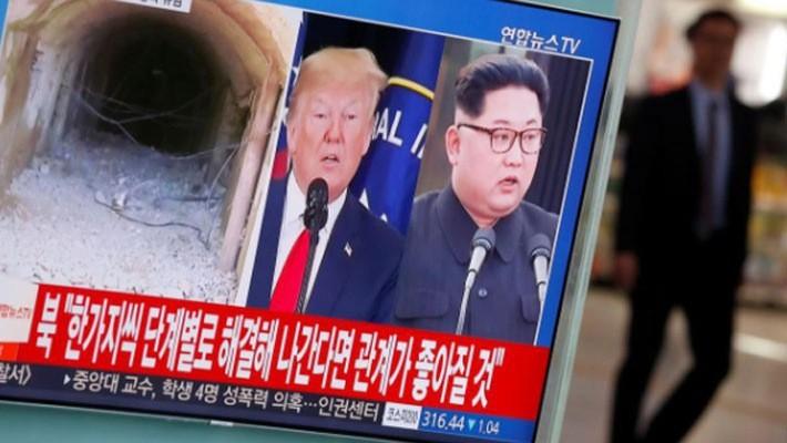 Một màn hình TV công cộng ở Seoul, Hàn Quốc phát sóng bản tin về cuộc gặp thượng đỉnh Mỹ-Triều bị hủy hôm 25/5 - Ảnh: Reuters.