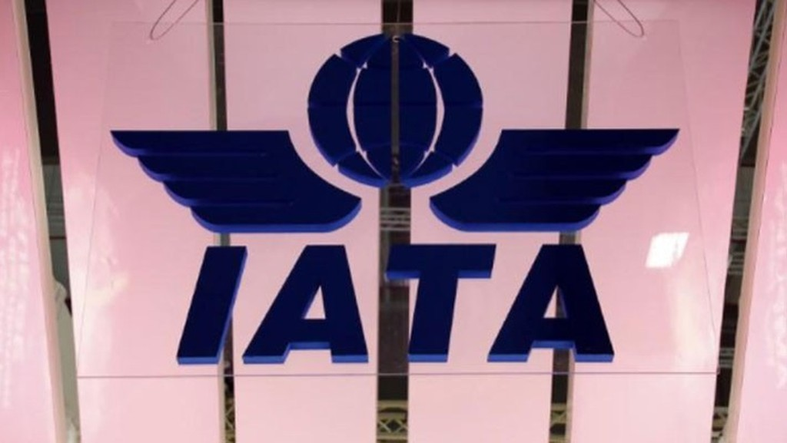 Logo của Hiệp hội Hàng không Quốc tế (IATA) tại một hội chợ ở Berlin, Đức, tháng 3/2018 - Ảnh: Reuters.