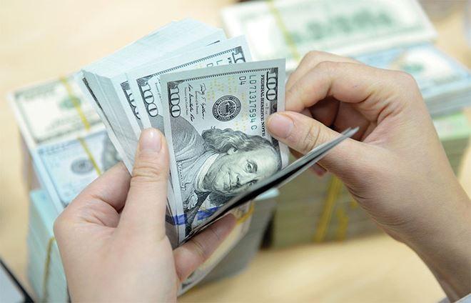 Đồng USD trên thị trường thế giới đã duy trì xu hướng mạnh lên rõ nét trước sự hồi phục của kinh tế Mỹ và chính sách tăng lãi suất của Fed