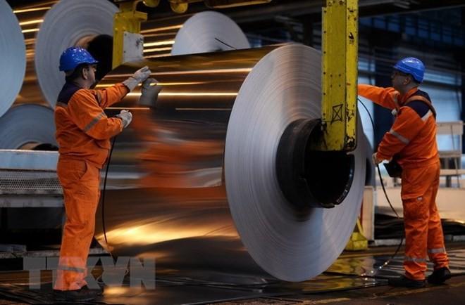 Nhà máy sản xuất nhôm cuộn ở Biesheim, Pháp. (Nguồn: AFP/TTXVN)