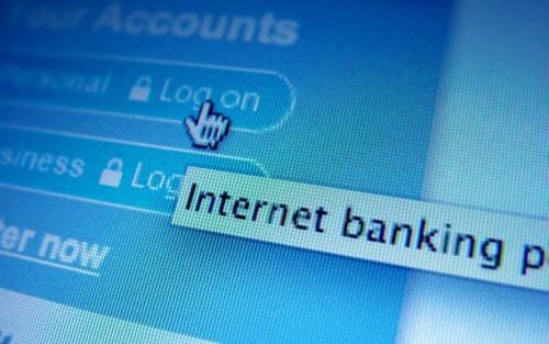 """Khách hàng đăng ký dịch vụ internet banking được yêu cầu khai báo số điện thoại """"chính chủ""""."""