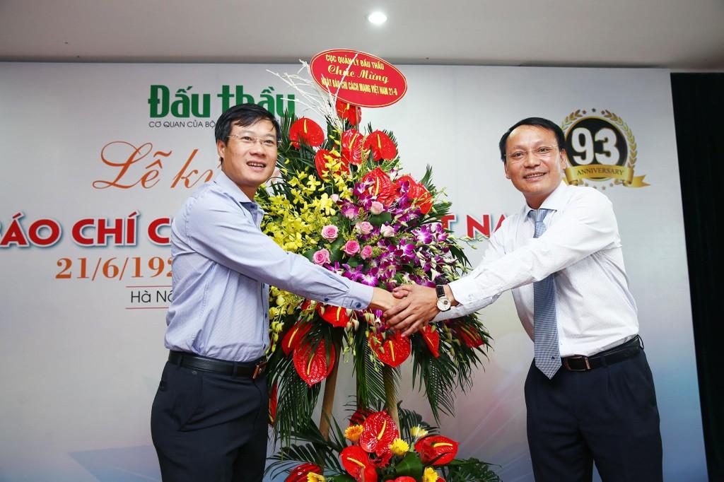Lãnh đạo Bộ Kế hoạch và Đầu tư chúc mừng Báo Đấu thầu nhân Ngày Báo chí cách mạng Việt Nam - ảnh 3