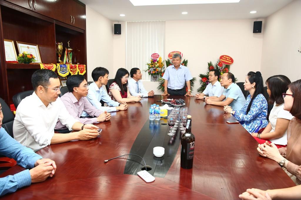 Lãnh đạo Bộ Kế hoạch và Đầu tư chúc mừng Báo Đấu thầu nhân Ngày Báo chí cách mạng Việt Nam - ảnh 1