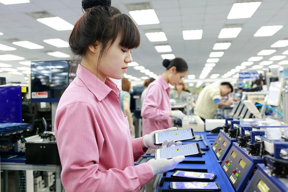 6 tháng đầu năm 2018, Việt Nam thu hút được 1.362 dự án cấp mới, 507 dự án điều chỉnh vốn và 2.749 dự án góp vốn mua cổ phần với tổng vốn đăng ký là hơn 20 tỷ USD. Ảnh: Lê Tiên