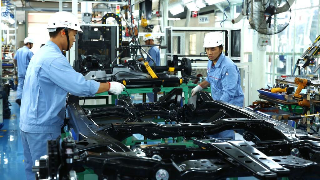Ngành công nghiệp chế biến, chế tạo vẫn hấp dẫn nhất đối với nhà đầu tư nước ngoài. Ảnh: Gia Khoa