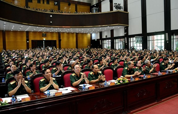 Chùm ảnh: Thủ tướng dự Hội nghị Quân chính toàn quân - ảnh 6