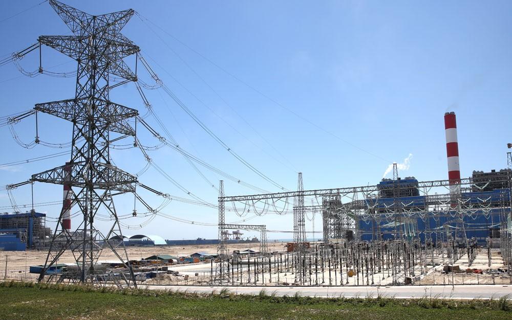 Các nhà máy nhiệt điện đang được vận hành với công suất cao. Ảnh: Tiên Giang