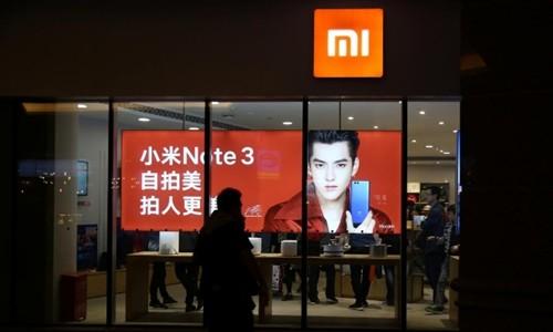 Bên ngoài một cửa hàng của Xiaomi ở Bắc Kinh (Trung Quốc). Ảnh:Reuters