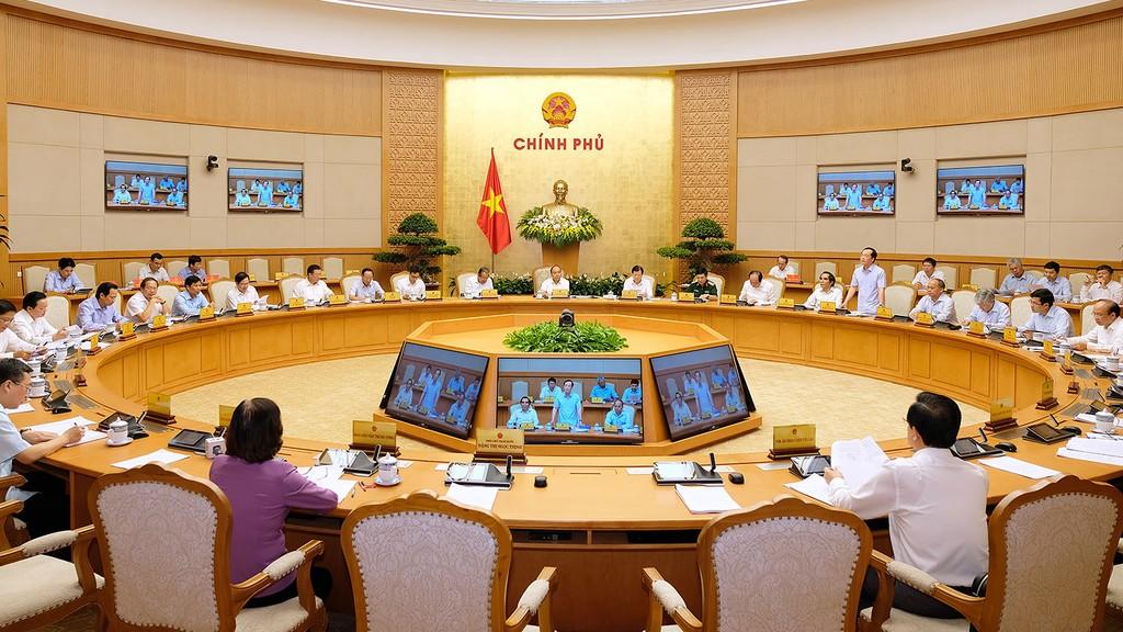 Thủ tướng Nguyễn Xuân Phúc chủ trì Phiên họp Chính phủ thường kỳ tháng 6/2018. Ảnh: Hiếu Nguyễn