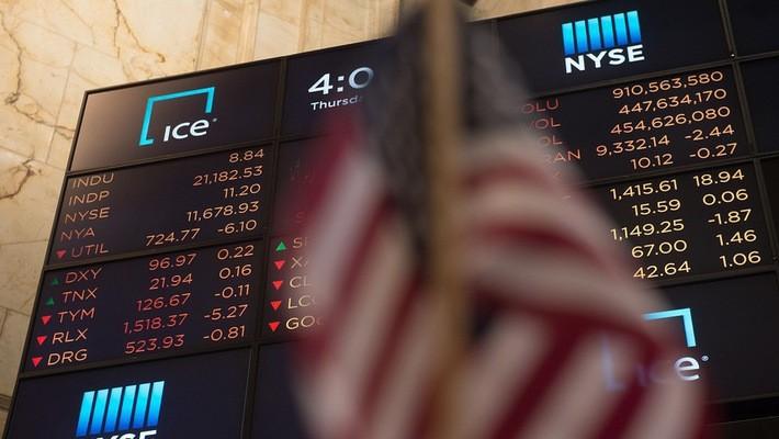 Một bảng giá cổ phiếu trên sàn NYSE ở New York, Mỹ - Ảnh: Getty/Market Watch.