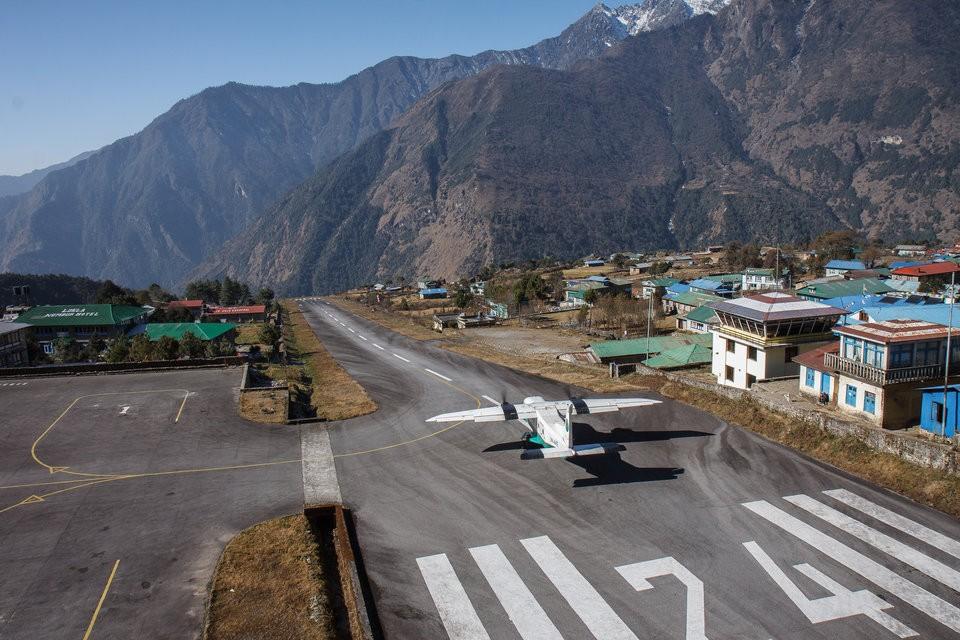 Những đường băng sân bay đáng sợ nhất trên thế giới - ảnh 13