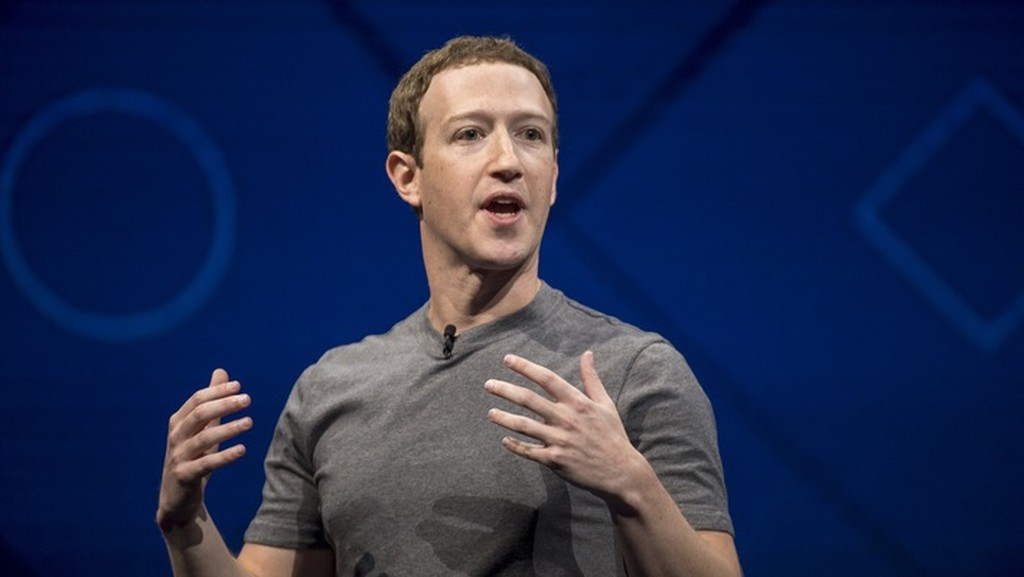 CEO Mark Zuckerberg của Facebook - Ảnh: Bloomberg.