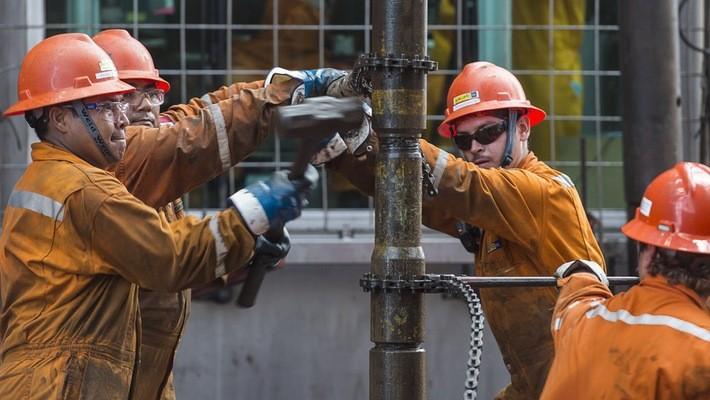 Bước sang tuần này, những nỗi lo về nguồn cung đã trở lại hỗ trợ cho giá dầu - Ảnh: Getty/Market Watch.