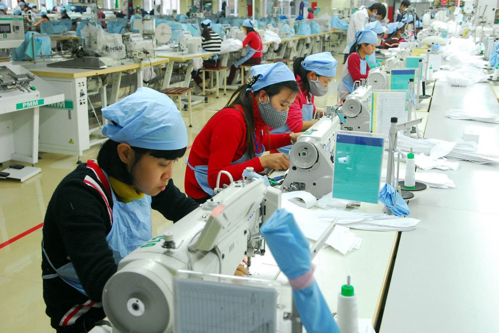 Giữa vòng xoáy của cuộc chiến thương mại Mỹ - Trung, doanh nghiệp càng cần phải nâng cao tiềm lực tài chính, kỹ thuật để cung cấp những sản phẩm có sức cạnh tranh cao. Ảnh: Lê Tiên