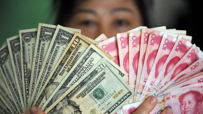 Trong vòng 1 tháng qua, đồng Nhân dân tệ đã rớt giá hơn 4% - Ảnh: SCMP.