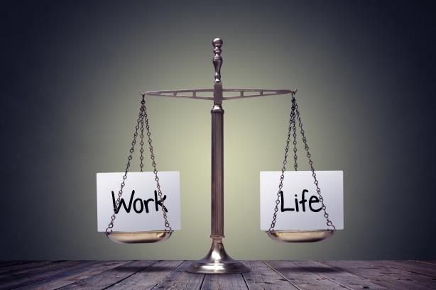 Tỷ phú Jeff Bezos cân bằng cuộc sống và công việc như thế nào? - ảnh 1