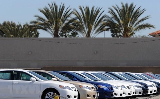 Ôtô của Tập đoàn Toyota được bày bán tại California, Mỹ. (Nguồn: AFP/TTXVN)