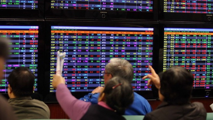 13 cổ phiếu trên UpCom bị tạm dừng giao dịch 3 phiên.
