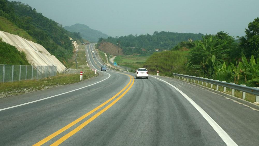 Chỉ 1 nhà đầu tư duy nhất trúng sơ tuyển Dự án Đường cao tốc Vân Đồn - Móng Cái theo hình thức PPP, hợp đồng BOT. Ảnh: Nhã Chi
