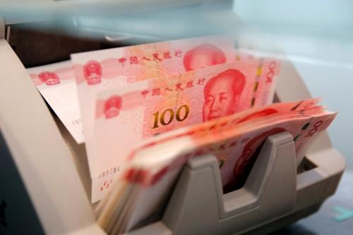 Tính từ đầu năm, đồng nhân dân tệ đã giảm hơn 5% so với đôla Mỹ. Ảnh:Reuters.