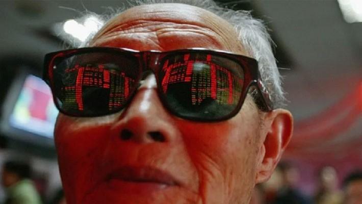 Xung đột thương mại Mỹ-Trung đã khiến chứng khoán Trung Quốc có nhiều phiên giảm mạnh thời gian gần đây - Ảnh: China Photo/Getty.
