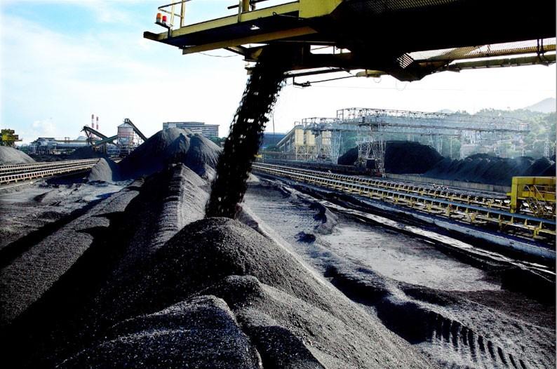 11 trong tổng số 12 gói thầu mà Colavi JSC được công khai trúng thầu đều do các công ty con của Tập đoàn Công nghiệp Than - Khoáng sản Việt Nam mời thầu. Ảnh: Đỗ Phương