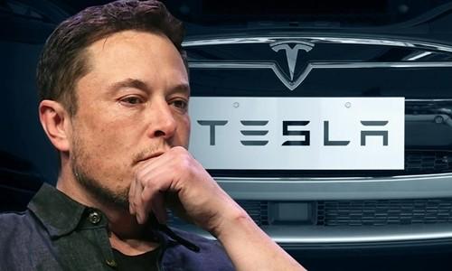 Elon Musk hiện là CEO hãng xe điện Tesla. Ảnh:TechSpot