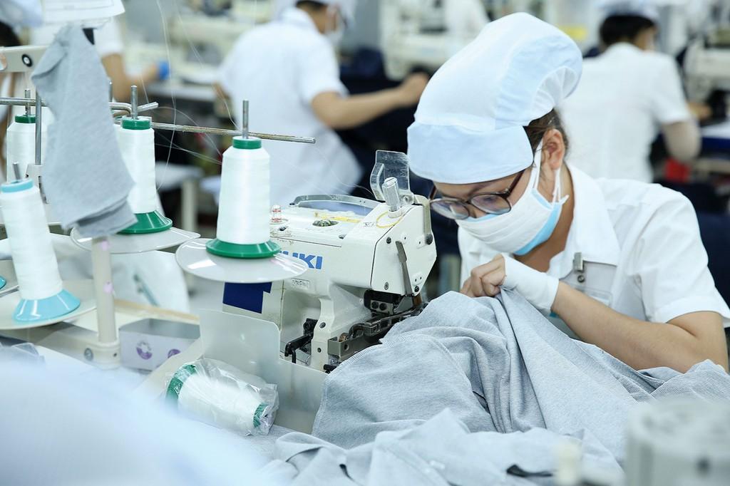 Dù giá trị xuất khẩu dệt may của Việt Nam tăng trưởng tốt, nhưng ngành dệt may vẫn phụ thuộc rất lớn vào nguồn nguyên phụ liệu nhập khẩu. Ảnh: Lê Tiên