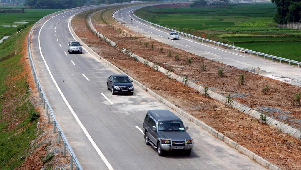 Công ty TNHH Lâm Khải được công khai trúng nhiều gói thầu giao thông vận tải do Sở Giao thông vận tải tỉnh Thái Nguyên mời thầu. Ảnh: Tường Lâm