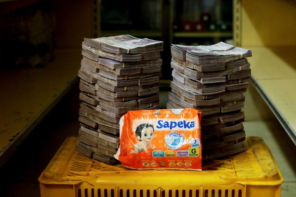 """Những bức ảnh cho thấy mức độ """"siêu lạm phát"""" tại Venezuela - ảnh 6"""