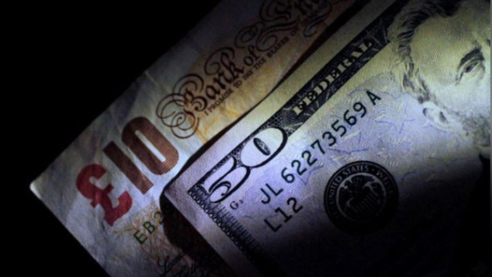 Đồng Bảng Anh đang dẫn đầu sự tăng giá của các đồng tiền chủ chốt so với USD - Ảnh: Reuters.