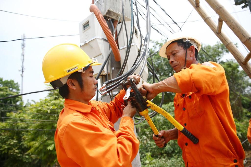 Dịp lễ Quốc khánh vừa qua, công suất và sản lượng điện năng tiêu thụ tăng khoảng 3% so với cùng kỳ nghỉ lễ 2/9 năm 2017. Ảnh: Lê Tiên