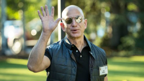 Ông chủ Amazon - Jeff Bezos. Ảnh:AFP